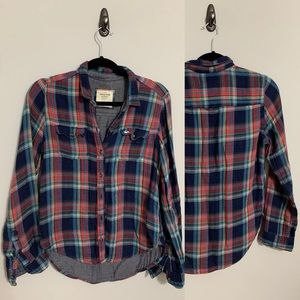 Abercrombie & Fitch women's flannel in size small